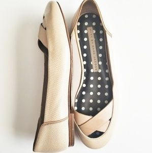 MARC BY MARC JACOBS Nude Crossover Round Toe Flats